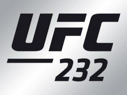 Carlos Condit verwelkomt Michael Chiesa in de Welterweight divisie tijdens UFC 232