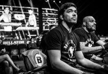 Voormalig Kampioen Rafael Carvalho verwelkomt Lyoto Machida tijdens Bellator Hawaii