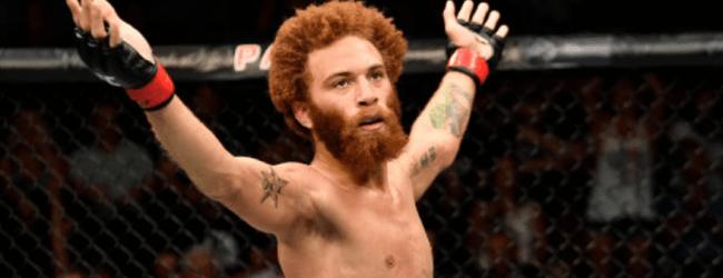 Violent Bob Ross treft Steven Peterson tijdens UFC Nashville