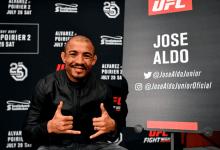 Jose Aldo treft Alexander Volkanovski tijdens UFC 237 in Rio de Janeiro
