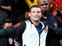 Chas Skelly treft Jordan Griffin tijdens UFC on ESPN 4 in Minneapolis