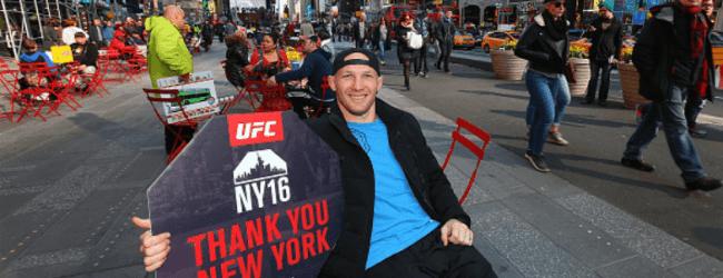 Ryan LaFlare vecht tegen Alex Garcia tijdens UFC Atlantic City
