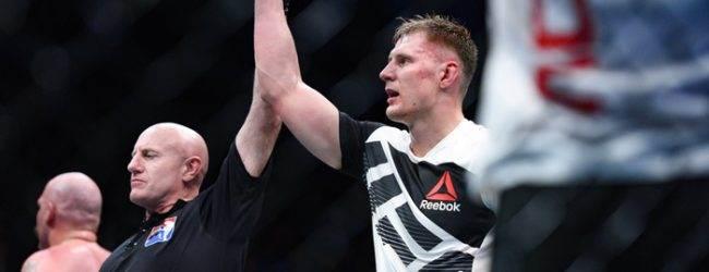 Junior dos Santos ligt in het ziekenhuis en komt niet in actie tijdens UFC Moskou