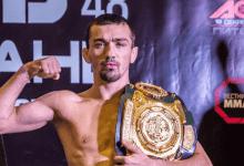 Ongeslagen toptalent Askar Askarov tekent contract bij de UFC