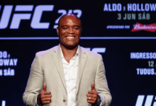Anderson Silva treft Israel Adesanya tijdens UFC 234 in Melbourne