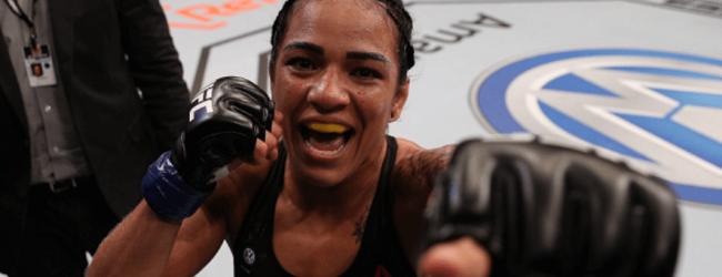 Thuisgevecht voor Alexis Davis tegen Viviane Araújo tijdens UFC 240 in Edmonton