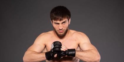 Ongeslagen Shamil Gamzatov versterkt UFC Light-Heavyweight divisie