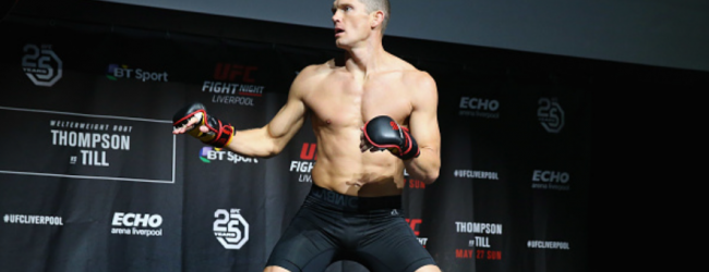 Stephen Thompson treft Vicente Luque tijdens UFC 244 in New York