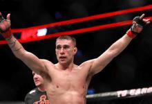 Kyle Bochniak vecht voor eigen publiek tegen Sean Woodson tijdens UFC Boston
