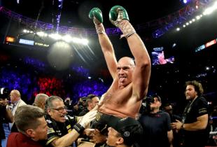 Tyson Fury verslaat Deontay Wilder en is de nieuwe WBC heavyweight kampioen