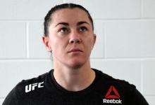 Molly McCann treft Taila Santos tijdens UFC evenement op 15 juli in Abu Dhabi