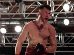 BREAKING: Julian Erosa vs. Nate Landwehr toegevoegd aan UFC evenement op 20 februari