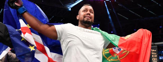 Yorgan de Castro treft Carlos Felipe tijdens UFC evenement op 3 oktober