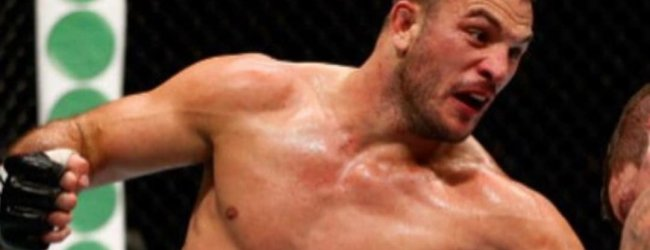 Gian Villante treft Jake Collier op 5 december