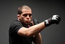 Alex Morono treft Rhys McKee tijdens UFC evenement op 14 november in Las Vegas