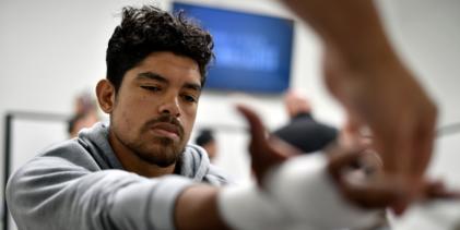 BREAKING: Aalon Cruz treft ongeslagen Uros Medic tijdens UFC 259 op 6 maart 2021